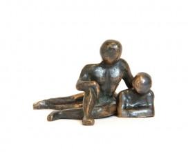sculpture-bronze-couple-assis-couche-face